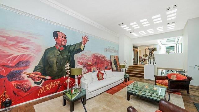 Hollywoodský režisér pronajímá luxusní, ale bizarně zařízený byt v Londýně za 35.000 liber měsíčně