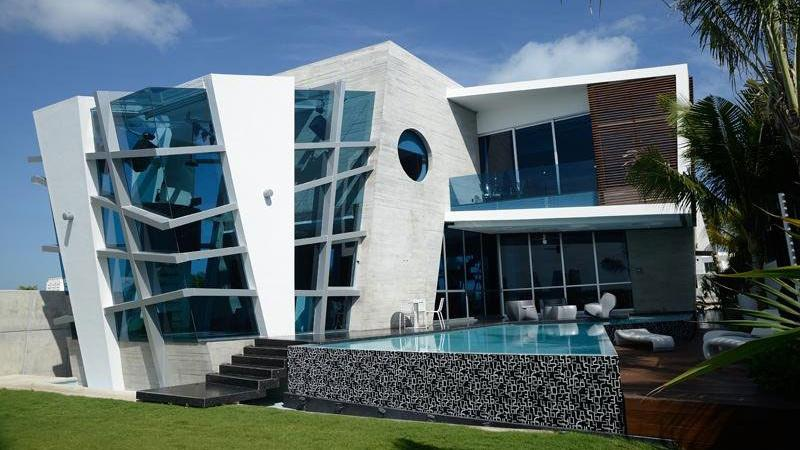 Netradi n architektura zproh ban moderna d m a for Casa moderna ma calda