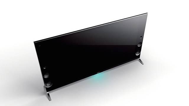 Sony Bravia řady X9000 - Vynikající obraz Ultra HD rozlišení je zde doplněný i o vynikající zvuk. Televize má přiznané, dopředu směřující reproduktory ze slídového materiálu s příměsí skelných vláken. Zajímavá je i funkce nastavení zvuku režim Fotbal L...