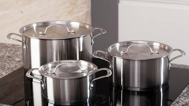 Miniseriál o nádobí. Jaký materiál je nejlepší? 3. díl – nerezové materiály