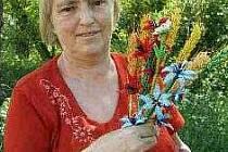 MILUŠE HRNČÍŘOVÁ je držitelkou devíti českých rekordů v ručních pracích. Letos se jede pokusit o desátý rekord.