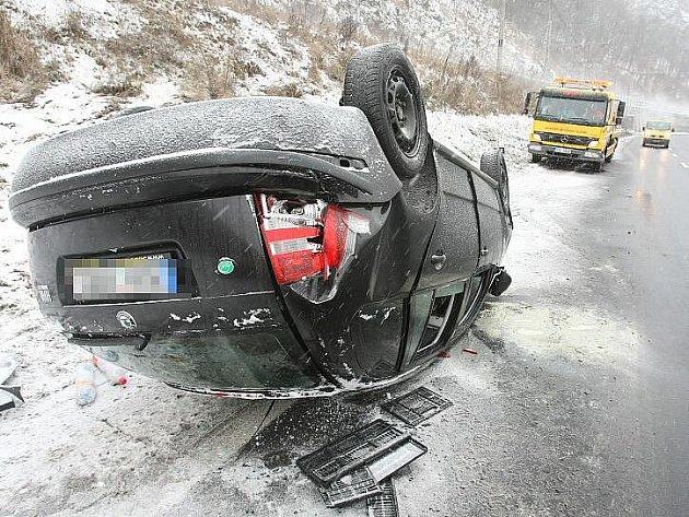 Nehoda u Čížkovic - 8. 1. 2010.