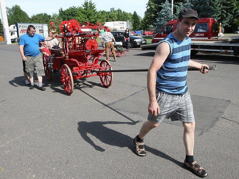 Do Litoměřic se již sjíždějí hasiči z celé republiky