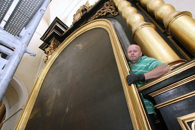 SOUBOR OLTÁŘNÍCH PLÁTEN od Karla Škréty v litoměřické katedrále představuje nejrozsáhlejší zakázku, kterou kdy ve své době škrétovský ateliér dodal mimo Prahu.