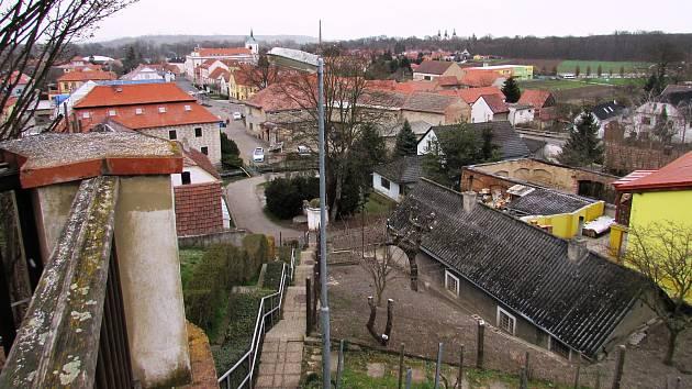 Brozany nad Ohří se mohou pochlubit řadou nemovitých kulturních památek.