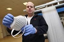 Jan Buk. Pardam, výroba ochranných pomůcek za pomocí nanotechnologie.