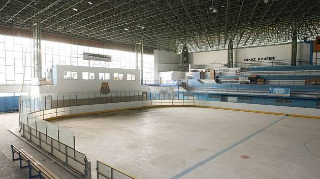 Zimní stadion v Lovosicích