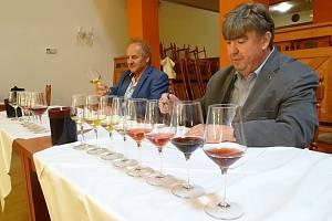 Předsedové hodnotitelských komisí v soutěži vín pro 19. ročník Vinařských Litoměřic