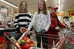 Národní potravinová sbírka proběhla i v litoměřickém Penny Marketu