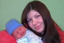 Šárce Jakubcové a Rostislavovi Pelánovi z Litoměřic se 15. ledna ve 2.20 hodin v litoměřické porodnici narodil syn Daniel Pelán. Měřil 52 cm a vážil 3,5 kg. Blahopřejeme!