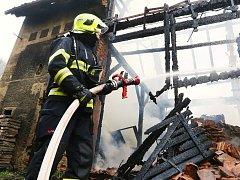 Požár stodoly v Opárně na Lovosicku
