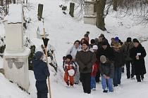 Velikonoce 2013: Velkopáteční křížová cesta biskupa Jana Baxanta