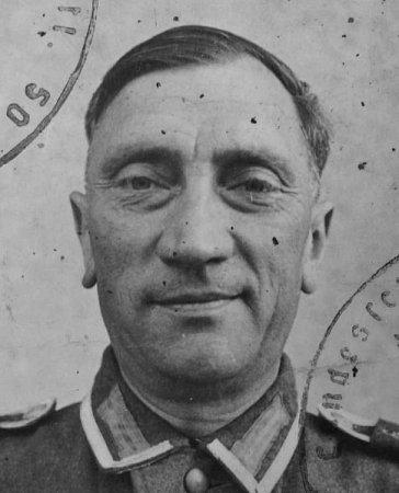 Alfréd Bauer.