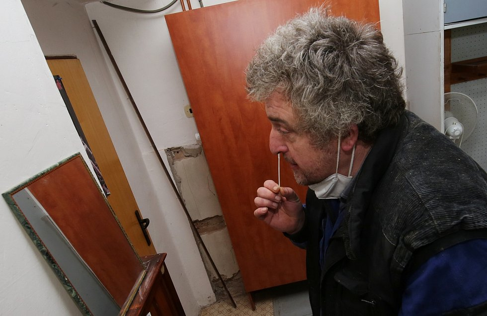 Zemědělci v družstvu Klapý se testovali na koronavirus ještě dříve než to vláda nařídila.