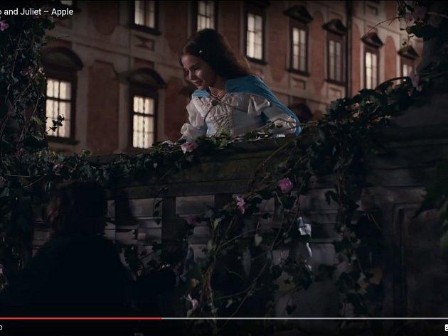 Reklama na iPhone 7 natočená v Libochovicích