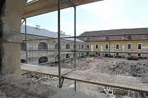 Rekonstrukce dělostřeleckých kasáren v Terezíně finišuje