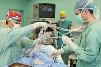 OPERAČNÍ SÁLY jsou chloubou Podřipské nemocnice s poliklinikou. Prošly modernizací za desítky milionů.