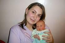 Evě a Martinovi Krepčíkovým z Libochovic se v roudnické porodnici 1. prosince v 8 hodin narodil syn Davídek Krepčík. Měřil 53 cm a vážil 3,1 kg. Blahopřejeme!