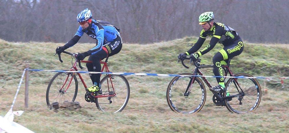 Cyklokrosový závod v Terezíně.