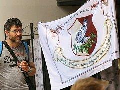 Vinařskou zástavu představili na Litoměřickém hroznu