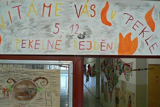 Pekelný den v ZŠ Školní v Roudnici nad Labem.