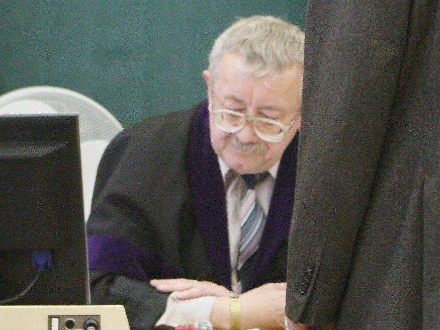 Josef Knotek.