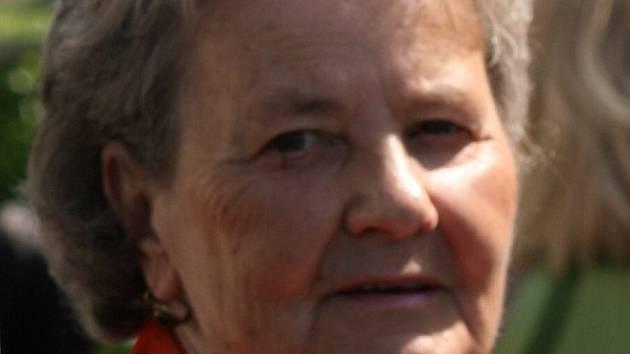 Dne 16. 4. 2015 zemřela paní Blažena Vavřenová, která více než 50 let působila v roudnické tělovýchově.