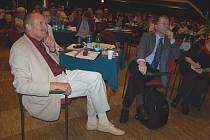 Ředitel litoměřického hospice Pavel Česal (vlevo) a psycholog Petr Goldmann na Dnu hospice v Litoměřicích.
