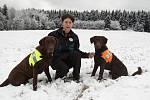 Psovodka Klára Hlubocká se výcvikem psů zabývá už od roku 1992. Několikrát v rámci své práce navštívila i Litoměřicko.