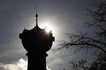 Lidé mohou v rámci prohlídek navštívit také městskou vyhlídku Kalich na budově radnice.