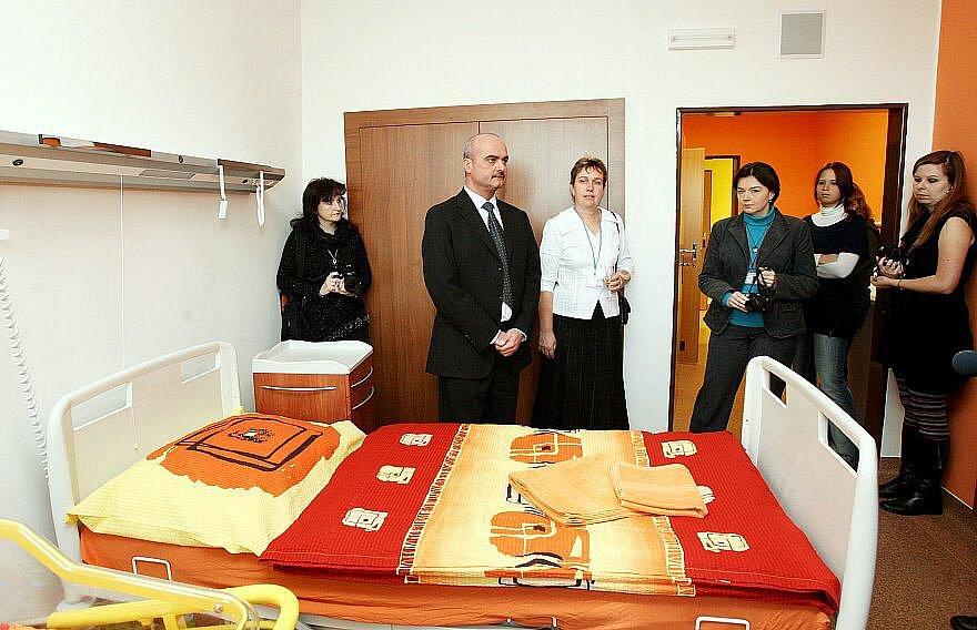 Gynekologicko – porodnické oddělení bylo slavnostně otevřeno po rekonstrukci.