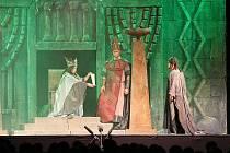 Opera Nabucco na Státním zámku v Ploskovicích.