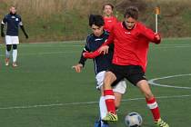Fotbalová divize U17: Roudnice (v modrobílém - Neratovice / Byškovice.