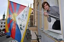 Ondřej Přecechtěl vyvěsil na litoměřickou radnici tibetskou vlajku