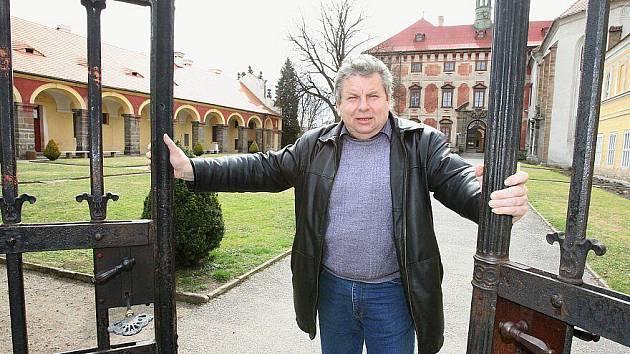 Zahájení sezony na zámku v Libochovicích.