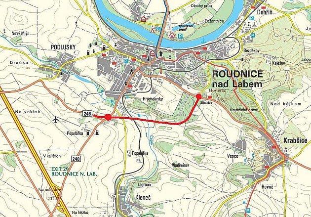 NA MAPCE je budoucí trasa obchvatu vyznačena červeně.