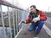 Oprava zábradlí na štětském mostu přes Labe