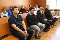 Soud s muži, kteří měli v Podsedicích usmrtit autem člověka