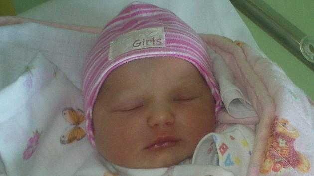 Andree Jendruščákové a Radku Tuháčkovi z Litoměřic se 30.5. v 9.54 hodin narodila v Litoměřicích dcera Natálie Tuháčková (50 cm, 3,25 kg).