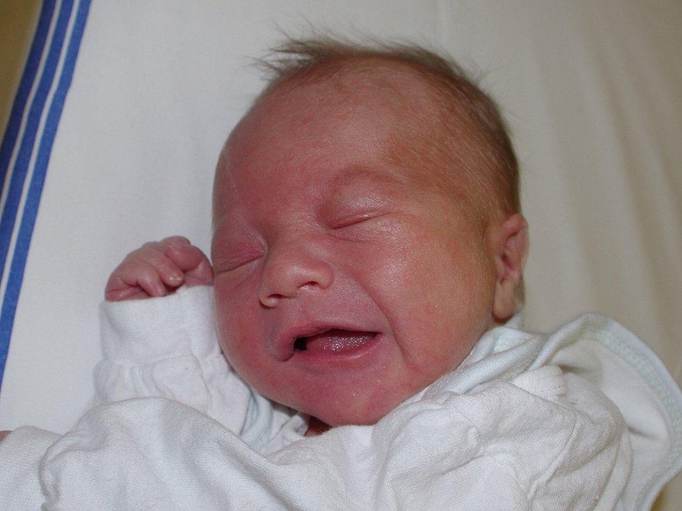 Kateřině Löwyové z Litoměřic se 17. listopadu ve 4.06 hodin narodil v Ústí nad Labem syn Filip Matys. Měřil 50 cm a vážil 3,12 kg.