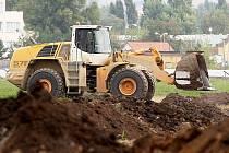 ORNICI nechává investor odvážet pryč z pozemku Stanislava Bureše, který s jejím složením nesouhlasí.