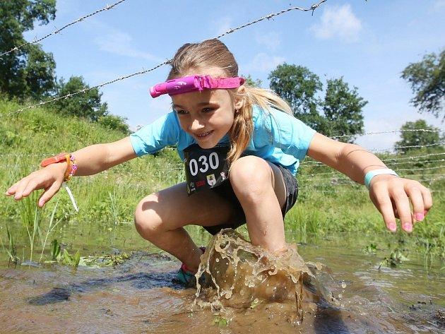Krosový běžecký závod v Terezíně.