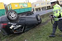 Čtvrteční nehoda v Lovosicích