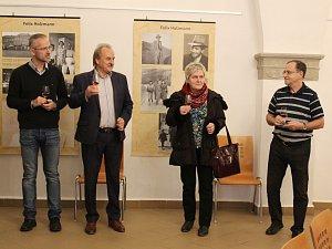 Slavnostní otevření Galerie Felixe Holzmanna na Mírovém náměstí v Litoměřicích