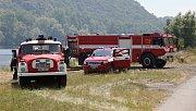 Hasiči bojují s řadou požárů v Labském kaňonu mezi Lovosicemi a Ústím nad Labem. Středa 4. července