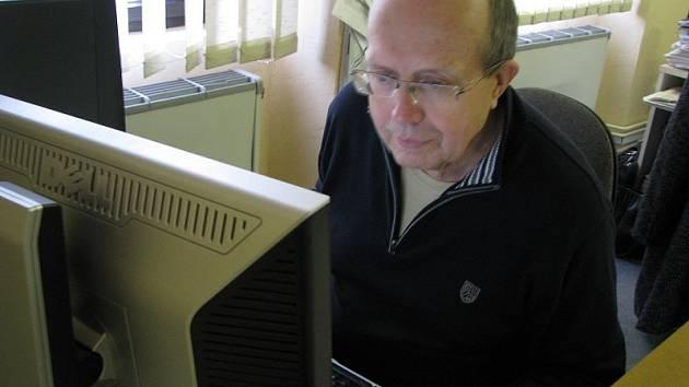 Václav Sadil odpovídá na otázky čtenářů.