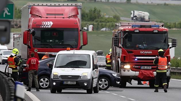 Nehoda na dálnici D8 u Vchynic