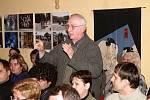 Jednání roudnického zastupitelstva o odvolání vedení města - čtvrtek 18. 12. 2008.