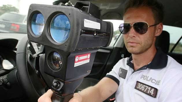 V rámci akce Speed Marathon vyrazila dopravní policie měřit rychlost na vytipovaná místa občany. Jedno z vybraných míst bylo poblíž Sulejovické autobusově zastávky.