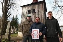 Zvonice v Třebenicích byla oceněna Cechem klempířů, pokrývačů a tesařů ČR, a to 3. místem v celorepublikové soutěži o nejlepší tesařské dílo roku 2015.